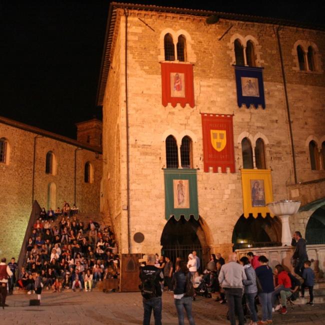 Palazzo dei Consoli – Teatro Francesco Torti
